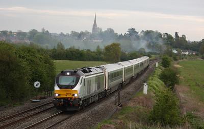 68015 passes Kings Sutton with 1K62 1815 London Marylebone - Kidderminster 8/5/15