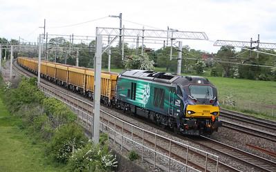 68005 'Defiant' passes Slindon with 6U76 0859 Crewe Basford Hall - Mountsorrel 28/5/15