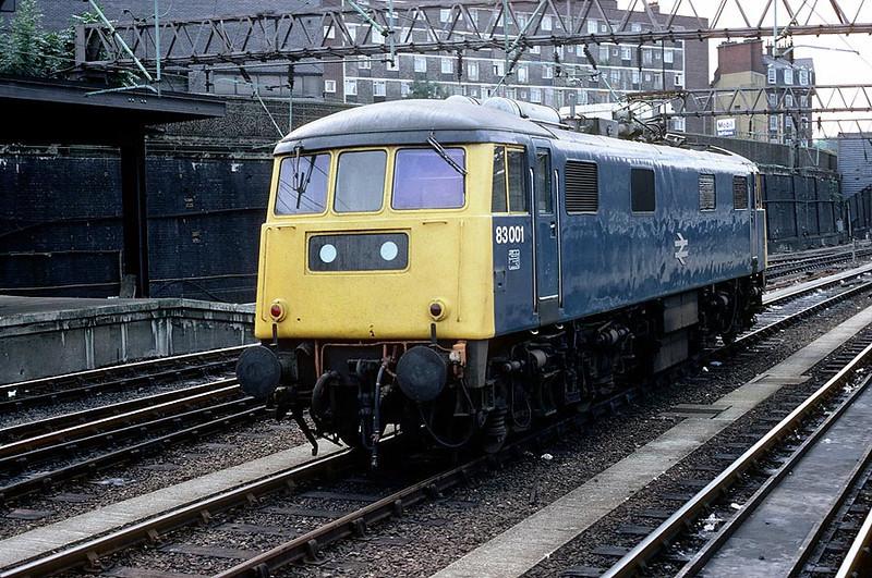 83001 Euston 27th Aug 1982