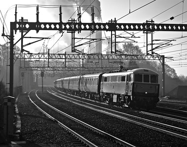 """86259 speeds North through Rugeley Trent Valley with """"The Winter Cumbrian Mountain Express"""" - 1Z86 07:09 Euston - Preston charter.11/02/12."""