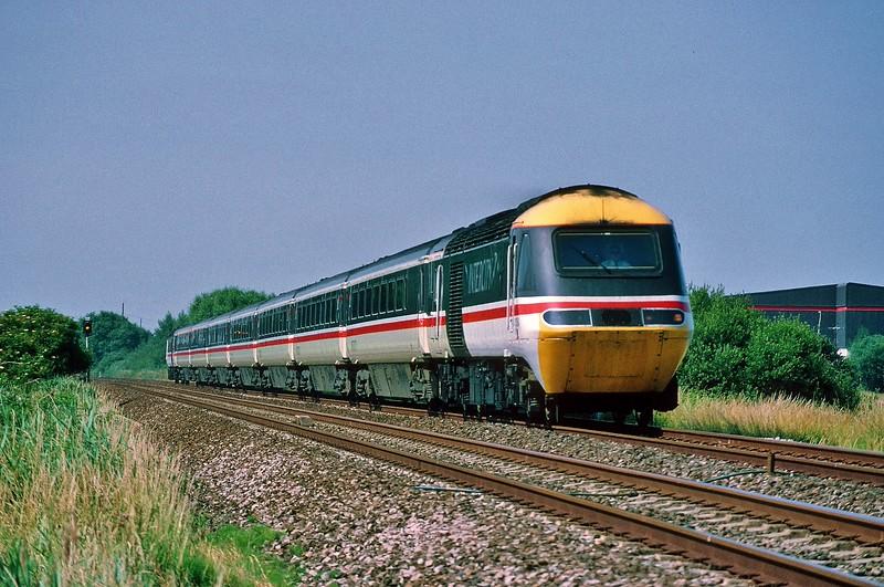 43184 09:07 Paignton to Newcastle at Weston 8/7/1995.