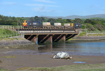 20309 hauls the flasks from Heysham over the Mite viaduct with 20305 on the rear 23/6/15.