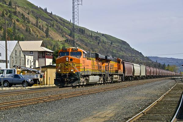 Gorge Trains April 2014