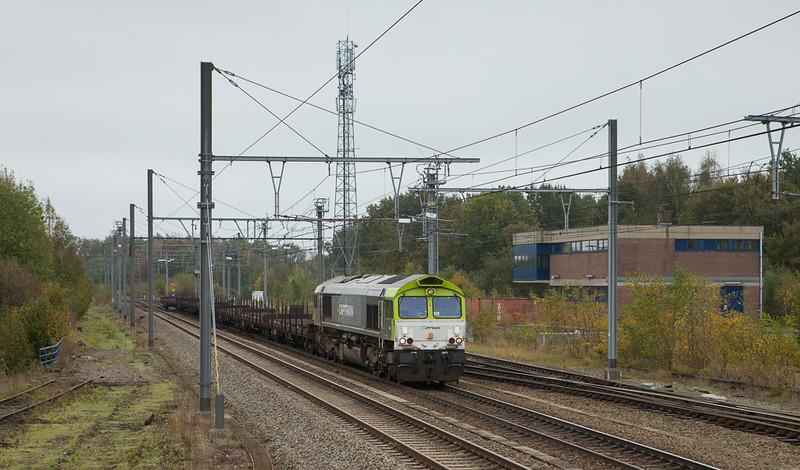 Captrain 6603 with the aluminium empties 48514 (Nievenheim/D - Kinkempois) passes B.16 in Montzen.