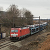DBC-NL E186 333 has the Ford train 47536 (Dillingen-Ford/D - Antwerpen-Waaslandhaven) in tow in the cut at Dalhem.