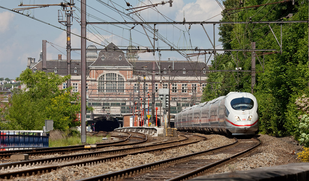 A historic view already - ICE to Paris Gare du Nord runs through the stately Verviers Central station.