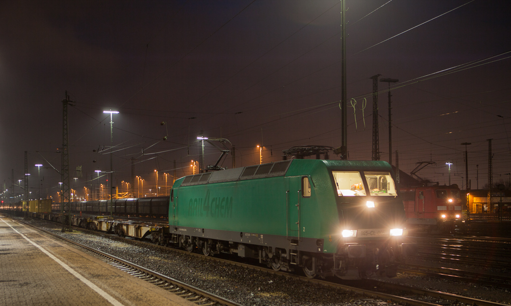 Alpha Trains 145-CL 005 (operating for Crossrail) with the 43669 (Genk-Zuid/B - Gallarate/I) in Aachen West.