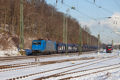185 520 on lease to Crossrail leads an empty auto train operated for Mosolf Auto Distribution through Stolberg.