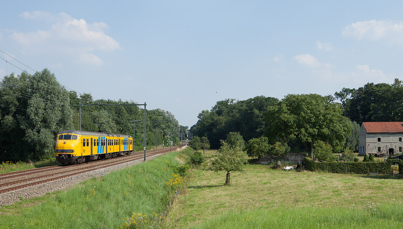 Plan V traversing the Dutch countryside near Spaubeek.