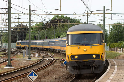 Notwithstanding all the EMUs in the area, some ICs are still formed of conventional equipment. This quite sizable train is bound for Maastricht and is seen here entering Sittard station.