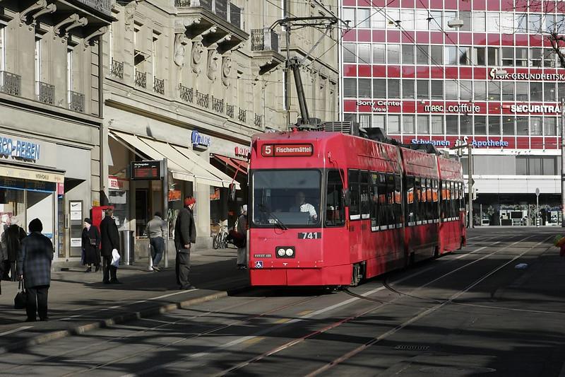 Bern - a Vevey/ABB trolley on line 5 approaching the Bubenbergplatz stop.