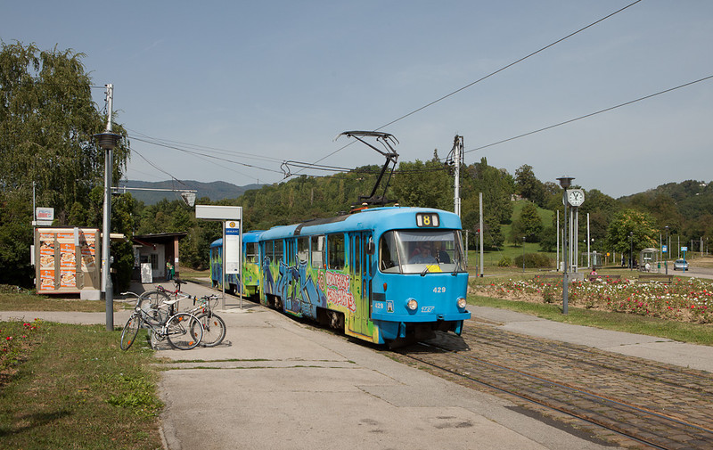 Tatra T4YU 429 leading B4YU 804 on line 8 are leaving Mihaljevac.