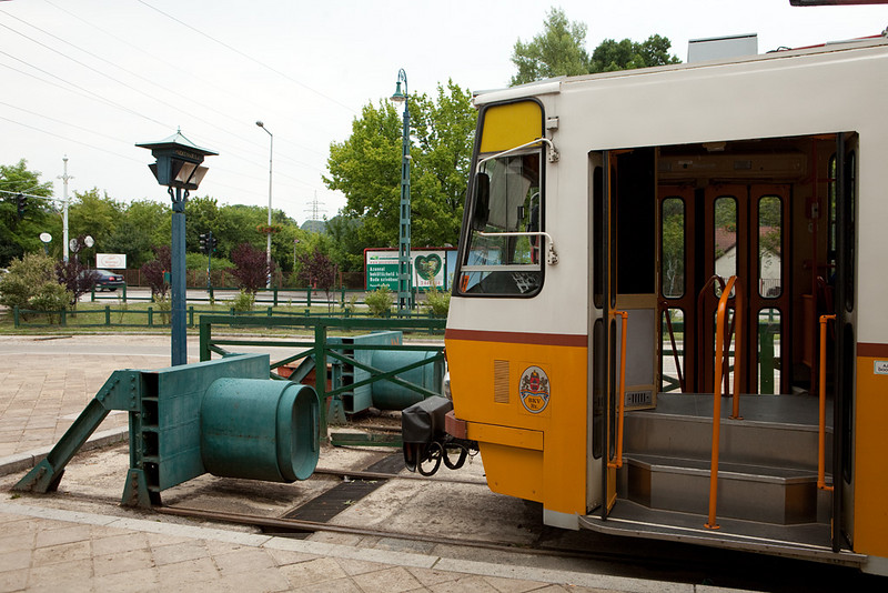 Budapest - bumpers at the Huvosvolgy terminus.