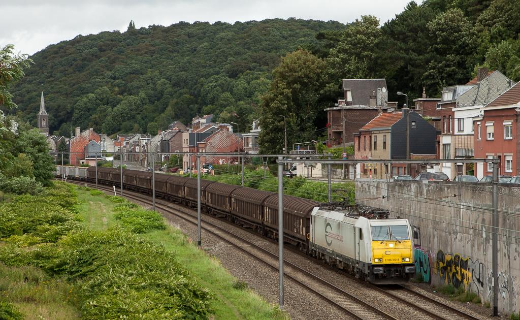 ECR E186 312 brings the aluminium train Neuss-Nievenheim/D - Dollands Moor/GB through Wandre.