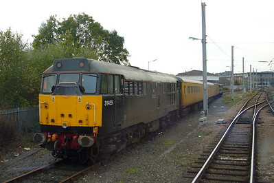 31459 and 31190 sit in Carlisle High Wapping Sidings with a test train.