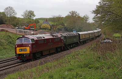 D1015 and D1755 tend to be joined at the hip much of the time as Vintage Trains' set of ex-BR Pullmans require electric train heating outside of the summer months. Still, it just helps to prove that the class 52 is a sight better looking design than the class 47! 'The Devonian' tour from Tyseley to Kingswear approaches Whiteball Tunnel, 26/4/14.