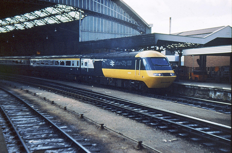 253006 Bristol TM  4 Oct 76