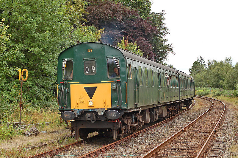 Former Southern region Thumper 1132 arrives at Okehampton 08 August 2010. Nice to sample some thump whilst on holiday. A big thank you to the driver had an excellent trip!!