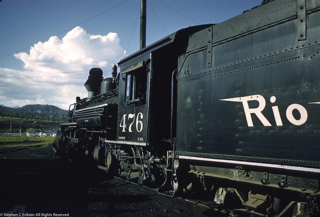 In August of 1959, K-28 #476 now has the fake diamond stack applied, a fixture which would remain until Charles Bradshaw acquired the line in 1981.