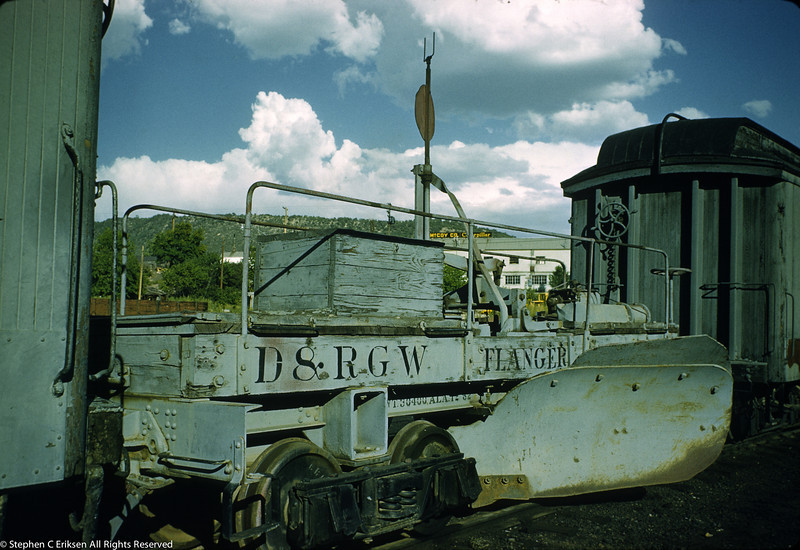 Snow fighting equipment is always interesting. Here we see one of the narrow gauge flangers in September of 1959.