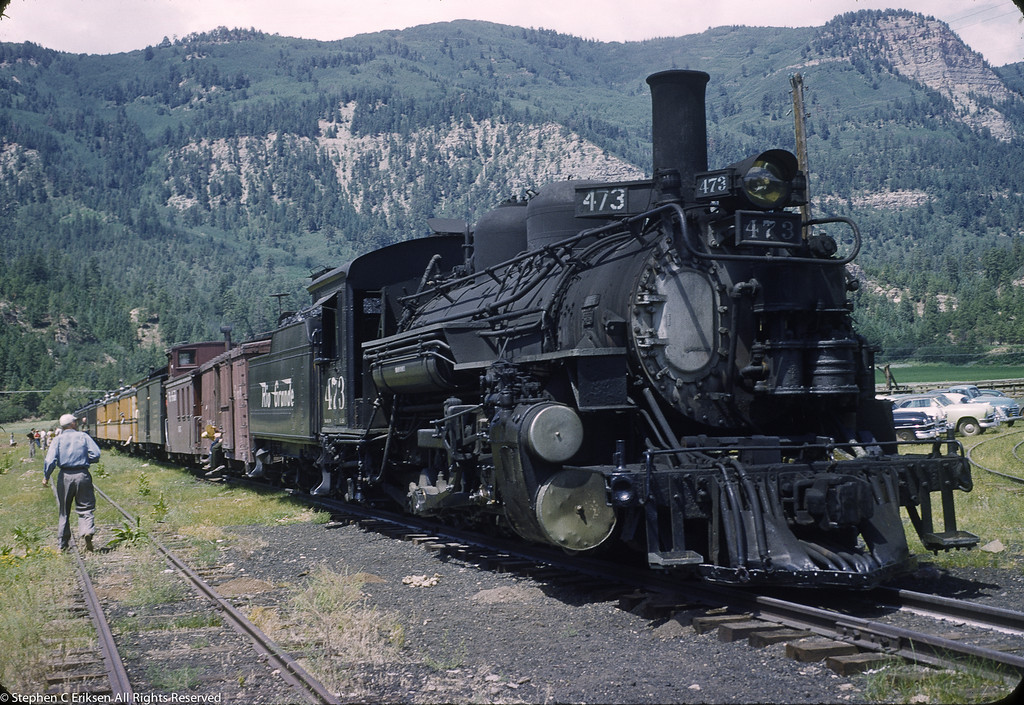 #473 in Silverton with a mixed train sporting both Pullman green and the new Rio Grande gold.