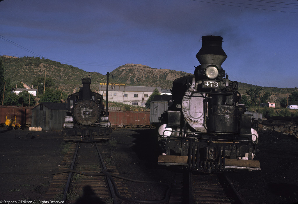 K-27 sits dead on a track next to K-28 #473 in this late afternoon view from August of 1962.