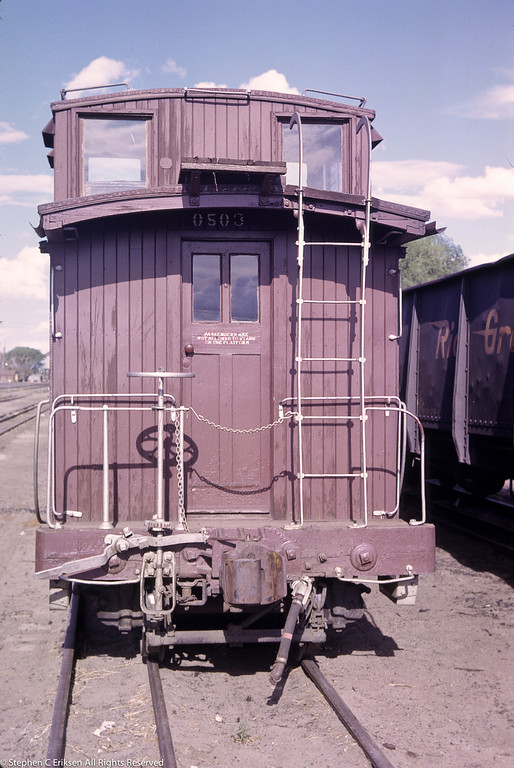 July 1963 view of long caboose 0503.
