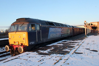 47501 at Workington, late afternoon, 06/01/10.