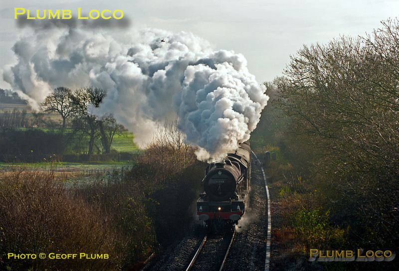 "6201 ""Princess Elizabeth"" stopped for water in Hinksey Loop and is now nearing Long Hanborough at Cassington Road, once again in full roar mode with 1Z71, 08:05 from Paddington to Worcester at 10:56 on Saturday 1st December 2012. Digital Image No. GMPI13024."