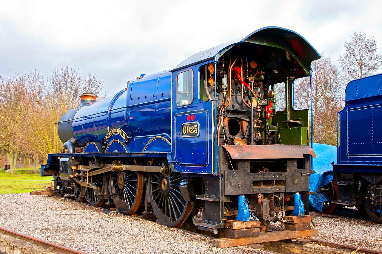 GWR 4-6-0 King Class Locomotive. 6023 King Edward I carrying BR blue livery.