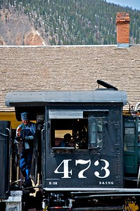 Bill and Mike tend to the 473 before turning the train for the return departure to Durango.