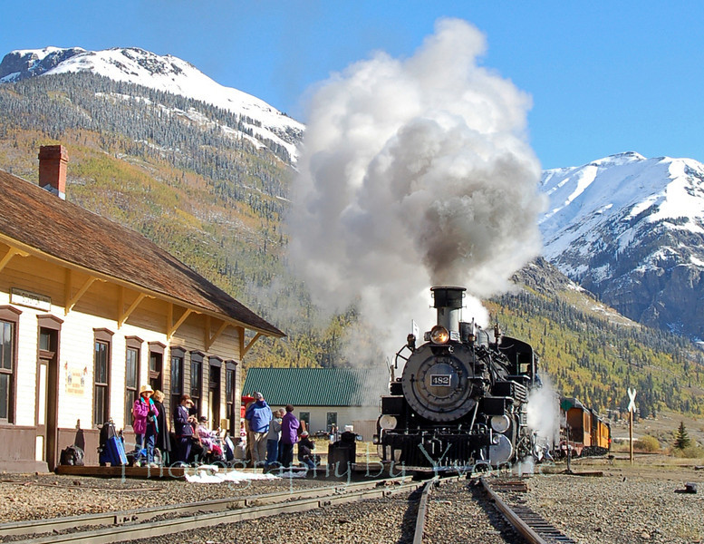 A cold late-September morning in Silverton!