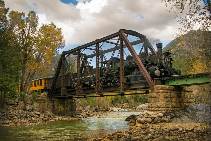Southbound train crosses Tefft Bridge