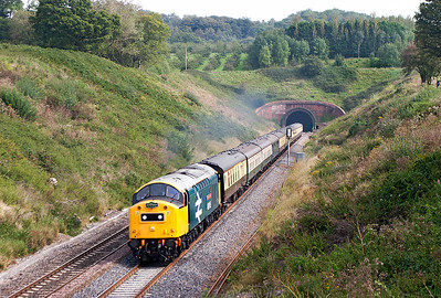 "40145 emerges from Whiteball Tunnel with Pathfinder Tours ""The Devonian"" 1Z55 06.39 Banbury to Kingswear railtour. 8th September 2007."