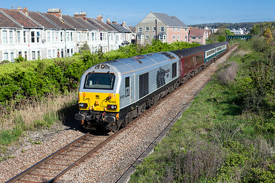 67029 'Royal Diamond' & 67022 top & tail the 08.00 Cardiff Central to Paignton loco hauled service departing from Weston-super-Mare and passing Devonshire Road. 4th May 2010.