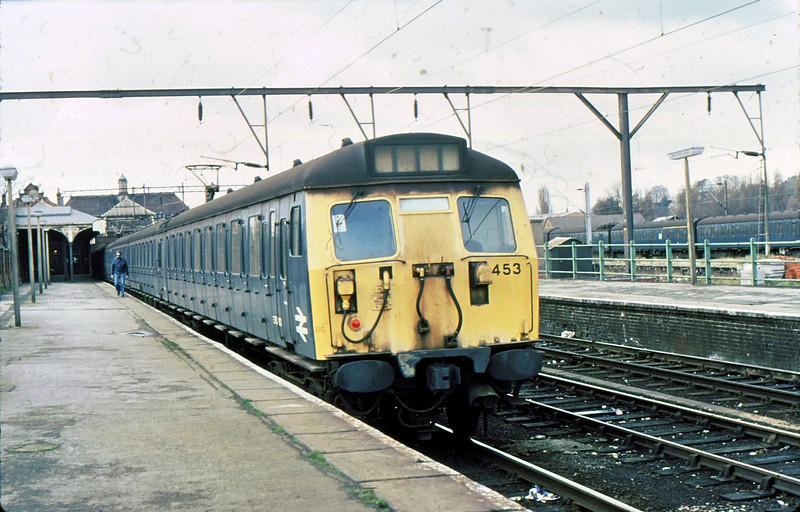 453 & 439 Hertford East  6 Dec 80