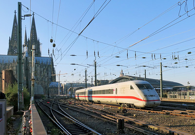 402 029 'Templin' Koln station. Friday 21st November 2014.