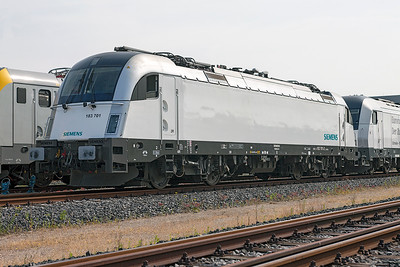 "Siemens demonstrator 183 701 ""Train of Ideas"", Wegberg-Wildenrath. 1st July 2010. Loco is now 1216 933 with CargoServe."
