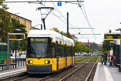 A 1999 Bombardier GT6NZR 3-car articulated tram 2039 calls at a stop on Berlin City route M2 on a service to Heinersdorf. 23rd September 2008.