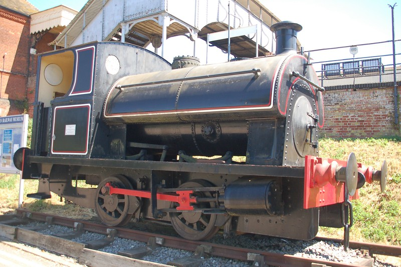 P 2039 - East Anglian Railway Museum - 5 August 2018
