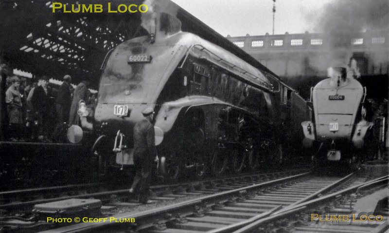 60022 & 60004,  Edinburgh Waverley, 2nd June 1962