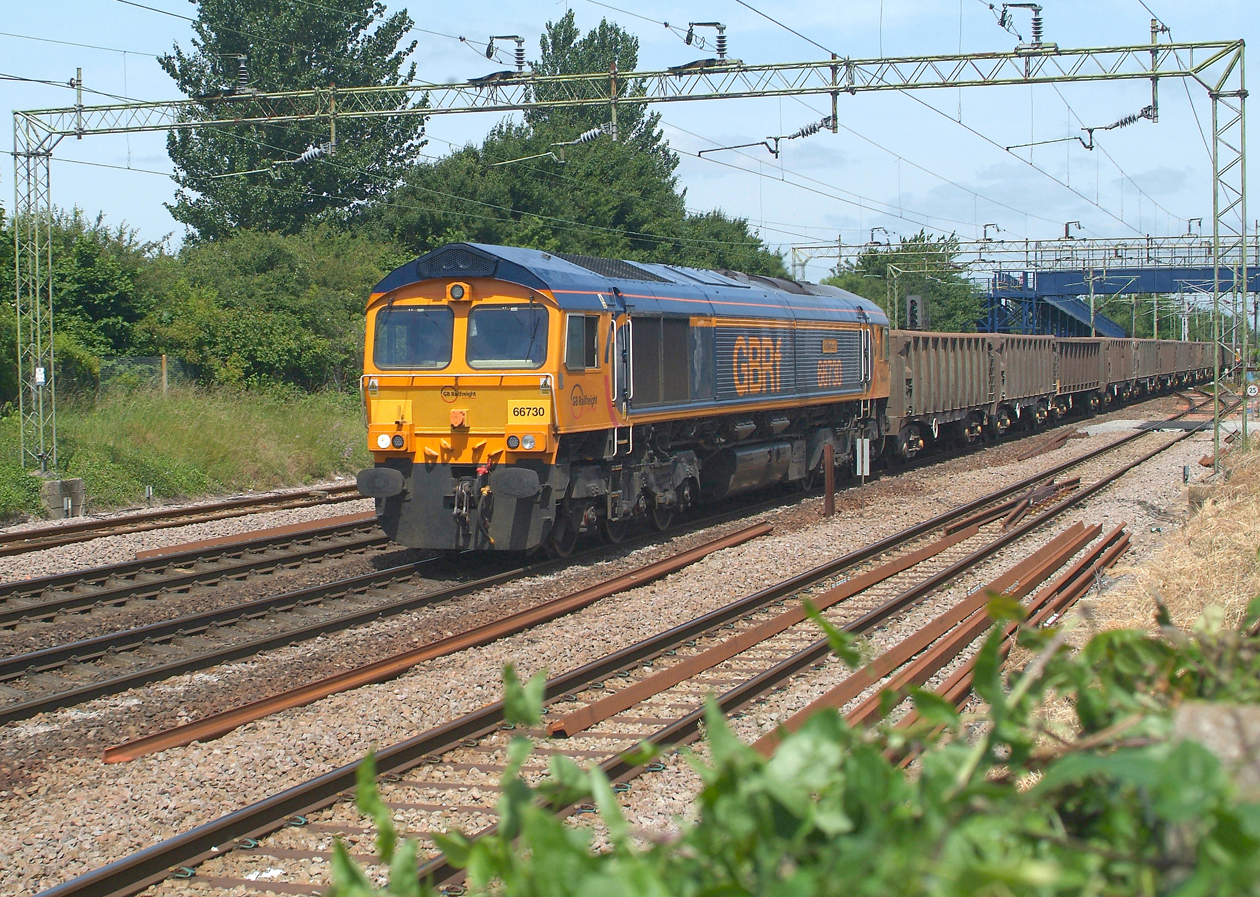 66730 Witham 17.6.2014 13.53hrs.6Z32 12.48 Harwich Up Tip Sdgs-Acton TC