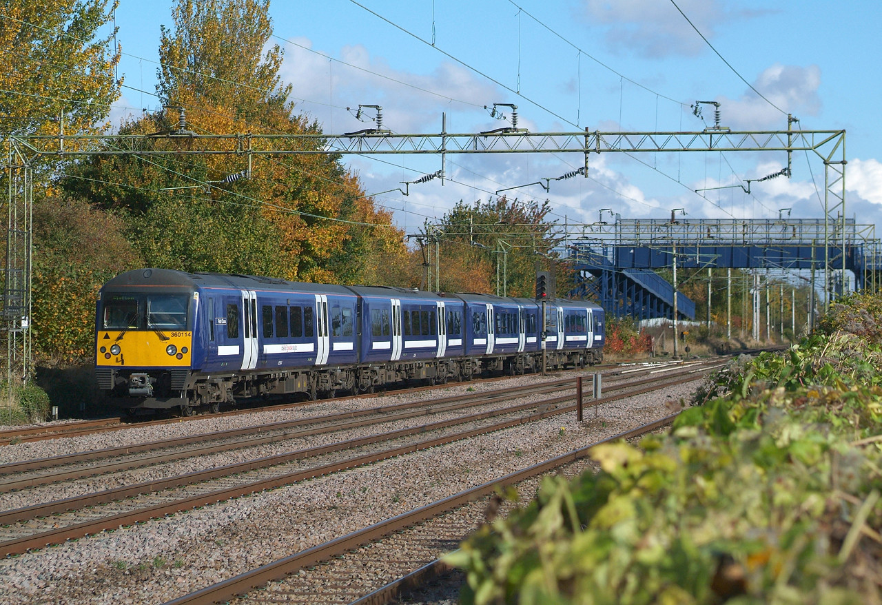 360114 Witham 22.10.2016 12.04hrs. 1N20 12.03 Witham-Clacton-on-Sea.