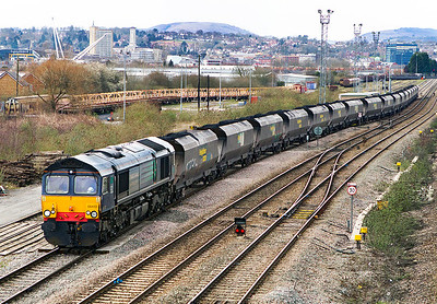 66413 heads onto the branch at East Usk with 6F53 14.00 Newport Docks to Fifoots Power Station loaded coal. Wednesday 13th March 2013.