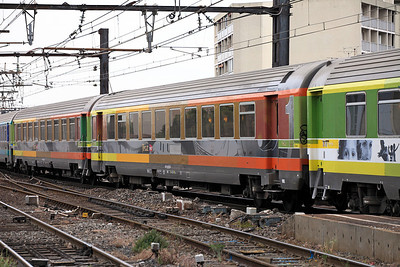 Some of the colourful Coral Teoz coaches which took over from Corail stock behind 22330 on the Nice bound train. 31/05/2011