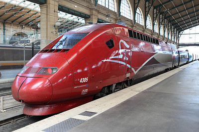 TGV Thalys set 4305 Gare du Nord. 04/06/2011