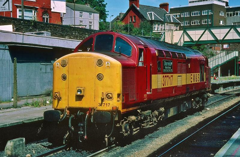 37717 at Newport 27/7/1999.