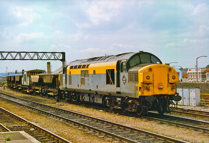37098 Cardiff Central 9/6/1993.