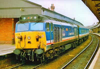 50048 'Dauntless' at Salisbury with the 10:15 from London Waterloo 11/5/1991.