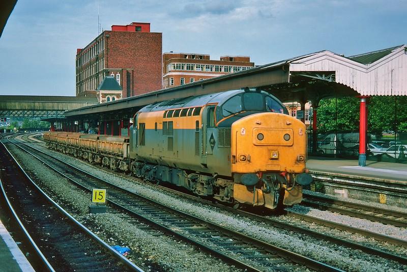 37174 at Newport 13/8/1993.